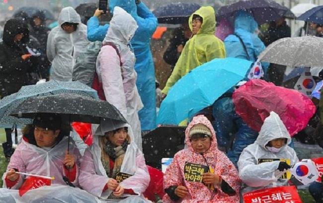 Фото: протести в Сеулі