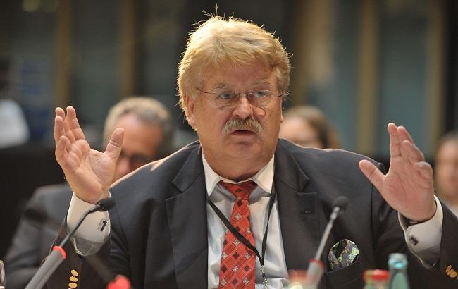 Порошенко наградил евродепутата Брока орденом Ярослава Мудрого