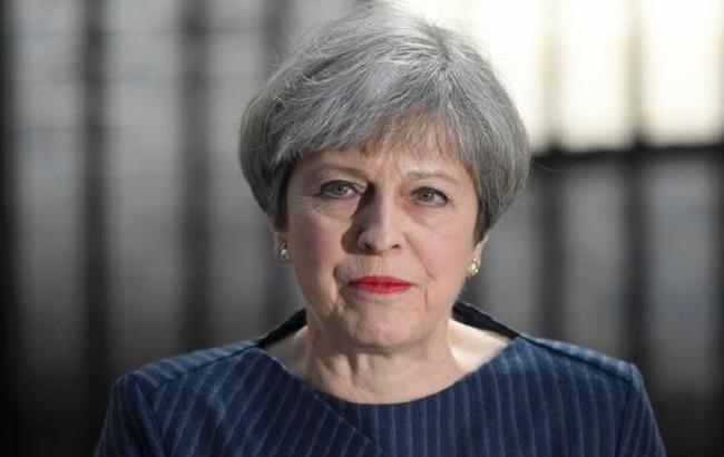 Мей обіцяє майже втричі скоротити потік мігрантів до Великобританії