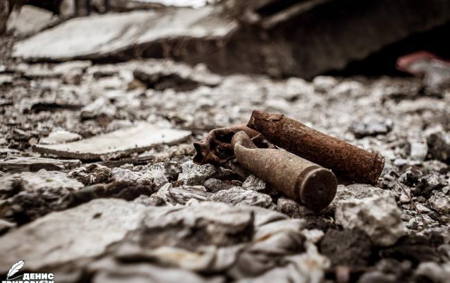 Постапокалиптические пейзажи: в сети показали ужасающие фото прифронтовой зоны Донецка