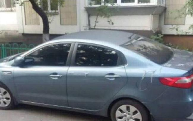 """""""Совпадение?"""": В Киеве на 30 машин вылили кислоту"""