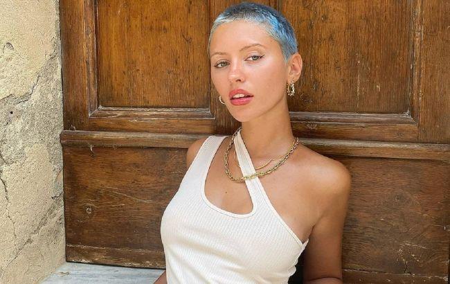20-річна дочка Джуда Лоу показала, як поєднувати відразу два модних принта: варто повторити!