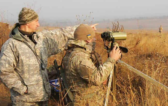 Стреляют изгранатометов ипулеметов: штаб АТО поведал оситуации наДонбассе