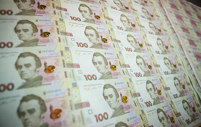 Курс доллара на межбанке 5 января повысился до 28,23 гривен/доллар