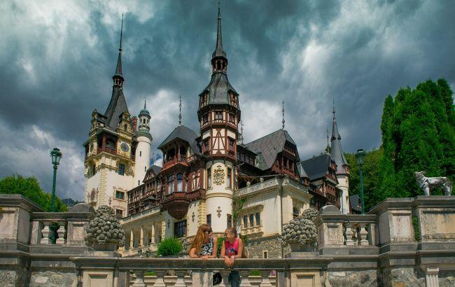 Максимум впечатлений за 100 евро в день: украинская семья отправилась в необычное турне по Европе