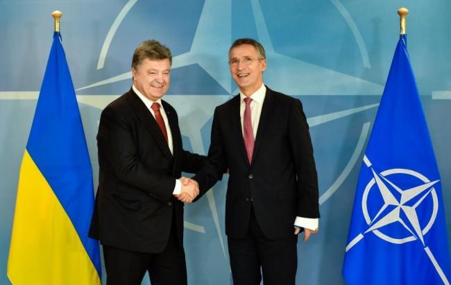 Фото: Украина и НАТО будут сотрудничать в противодействии гибридным угрозам