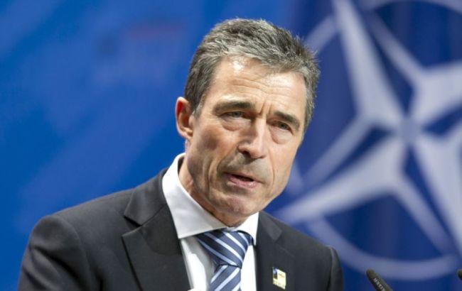 Экс-генсек НАТО прокомментировал назначение советником Порошенко