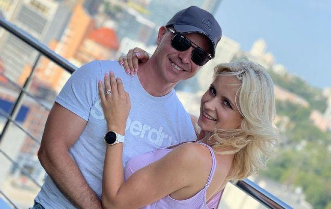"""Шикарная пара: Лилия Ребрик с мужем """"выгуляли"""" стильные наряды на красной дорожке"""