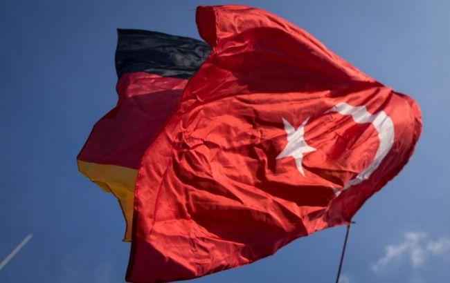 Фото: в Турции временно закрыты дипмиссии Германии