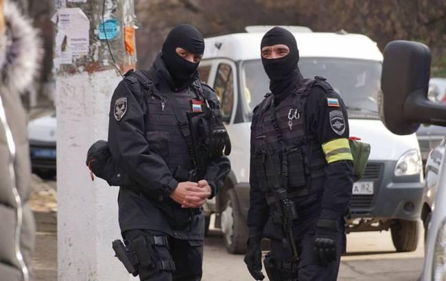 Силовики РФ отвезли в СИЗО задержанных крымскотатарских активистов
