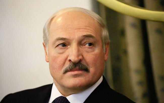 Лукашенко заявив, що не допустить в Білорусі