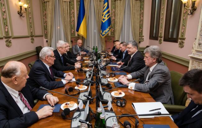 Порошенко: Россия нацелилась на весь Балтийско-Черноморский регион