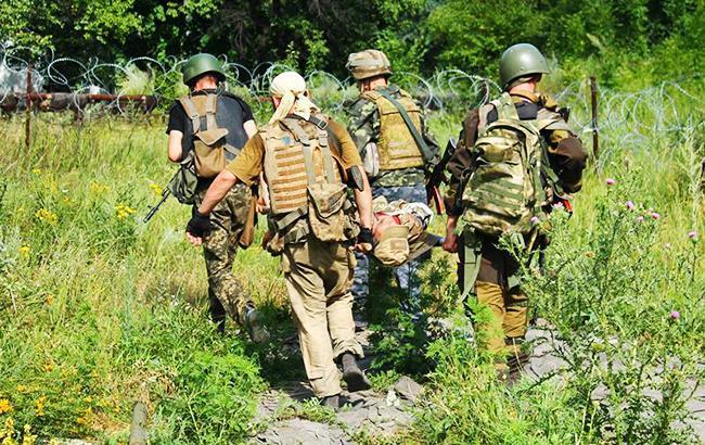 Штаб АТО: врезультате боевых действий были ранены трое украинских военных