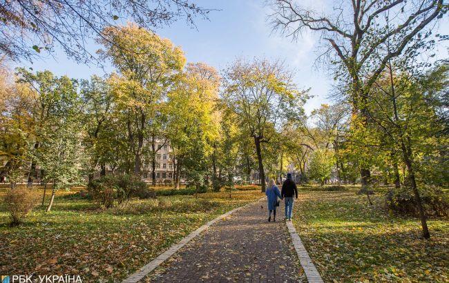 Дощі на заході та до +22 тепла: погода в Україні на сьогодні