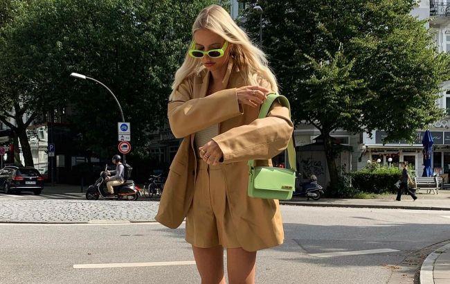 Пухнасті шуби і жилети: стиліст назвала 5 речей, які восени знадобляться кожній