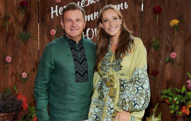 Счастливая семья: Осадчая и Горбунов растрогали яркими летними фото с сыночками
