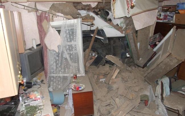 Юридический анекдот: семья из Днепровской области зимует с фурой посреди дома