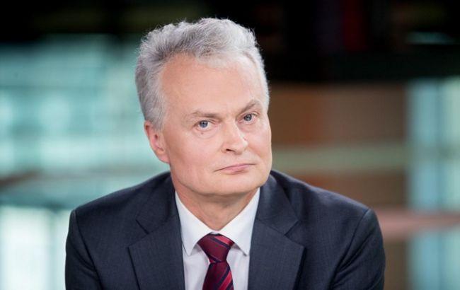 Формула Штайнмайера более благоприятна для России, - президент Литвы