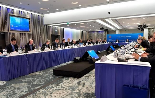 Фото: заседания исполнительного комитета УЕФА