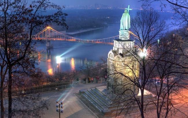 Между парками вцентре украинской столицы планируют построить пешеходный мост