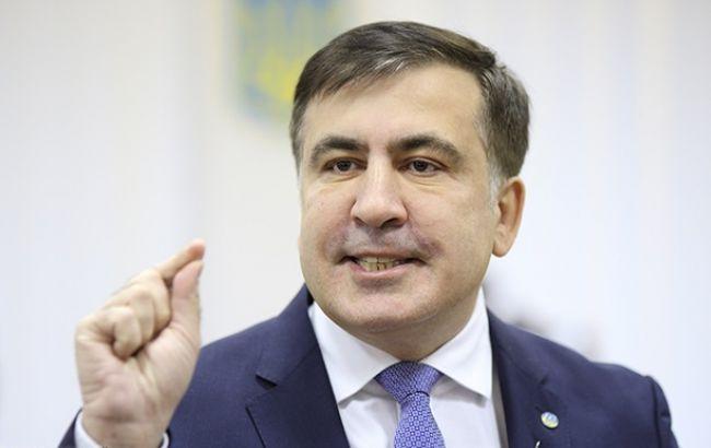 Саакашвілі попросив Меркель про допомогу після видворення з України