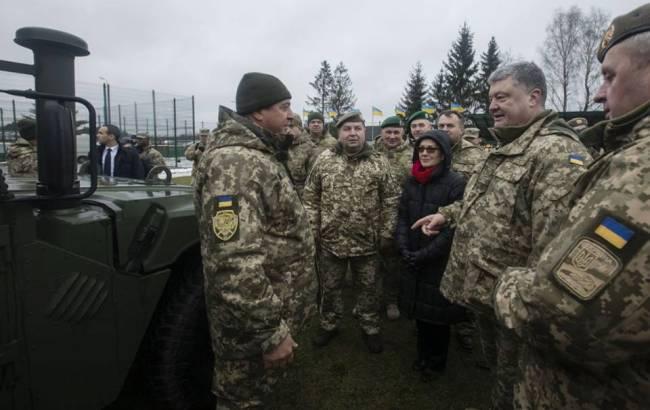 Фото: Петр Порошенко (пресс-служба генерального штаба ВСУ)
