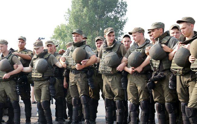 Фото: в Киеве правопорядок будут охранять несколько тысяч силовиков