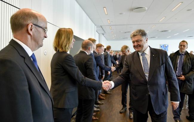 Фото: встреча президента с руководителями датских компаний