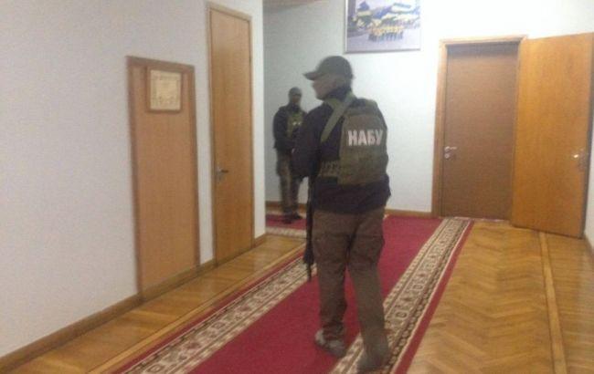 Обшуки в Запорізької ОДА: дії чиновники завдали збитків держпідприємствам на 115 млн гривень
