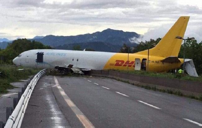 Фото: Boeing 737-400