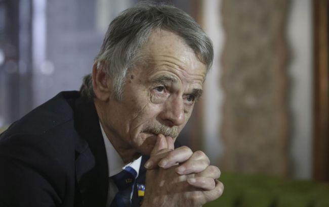 Джемілєв: кримських татар хочуть змусити покинути півострів