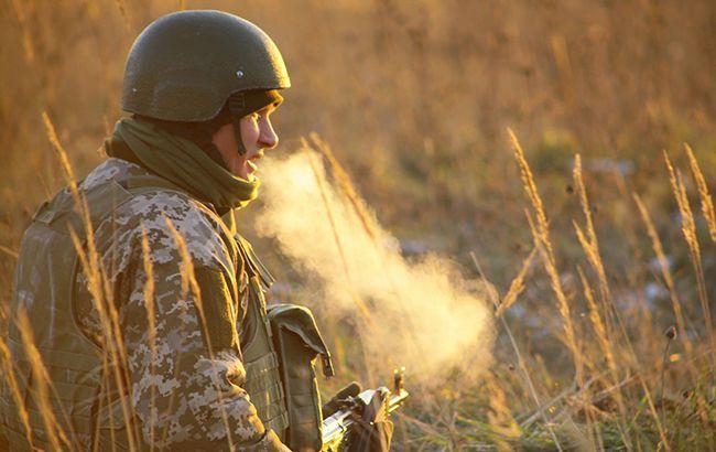 """Бойовики 10 разів порушили """"тишу"""" на Донбасі, поранений військовий"""