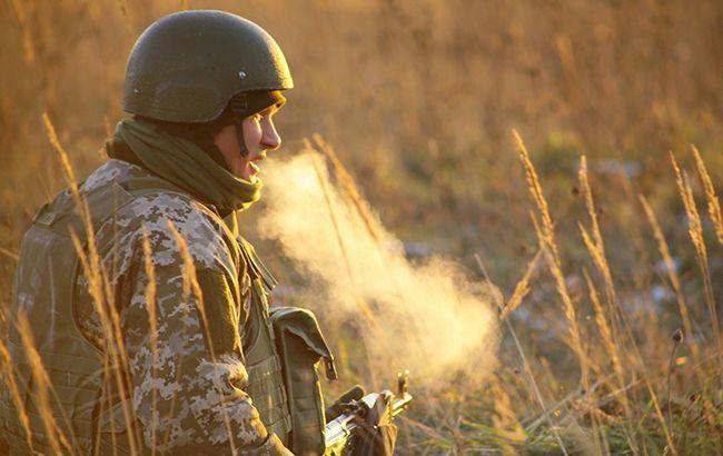 На Донбасі поранили одного українського військового