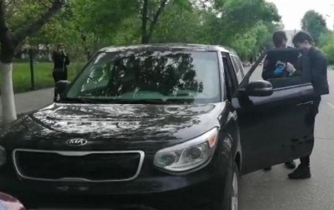 Дорожній конфлікт в Одесі закінчився стріляниною: двоє людей поранені
