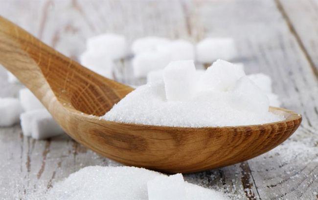 Фото: в Украине сахар торгуется по цене 12,35-12,7 грн/кг