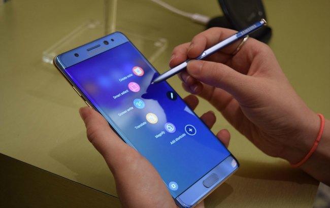 Фото: Samsung призупинив виробництво смартфонів Galaxy Note 7