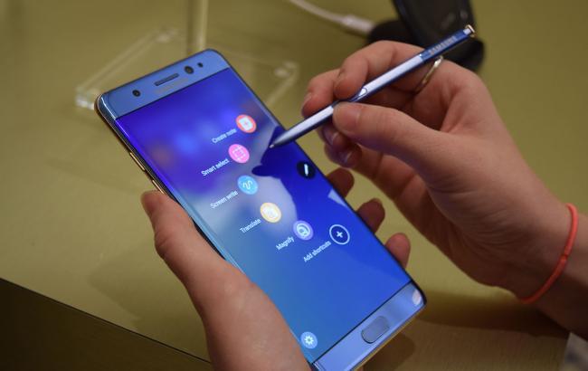 Фото: владельцы смартфонов Galaxy Note 7 подали иск к Samsung