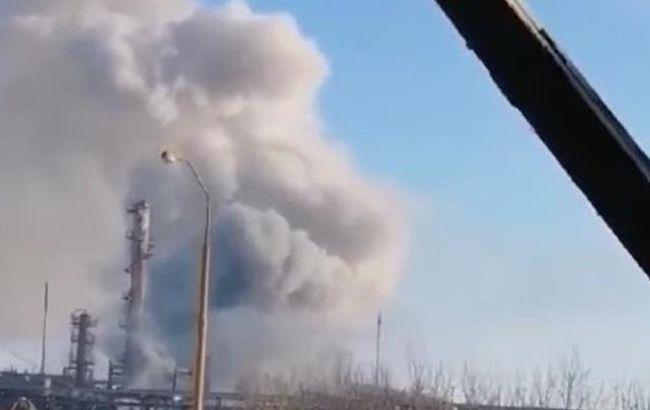 На заводе в Калуше произошел выброс химикатов, есть травмированный