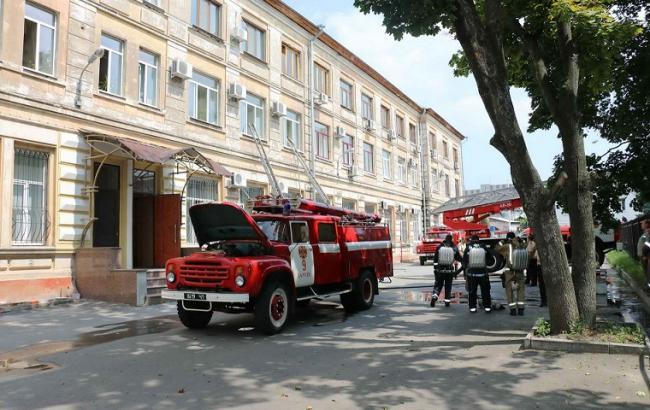 Фото: в Харькове горел Апелляционный суд