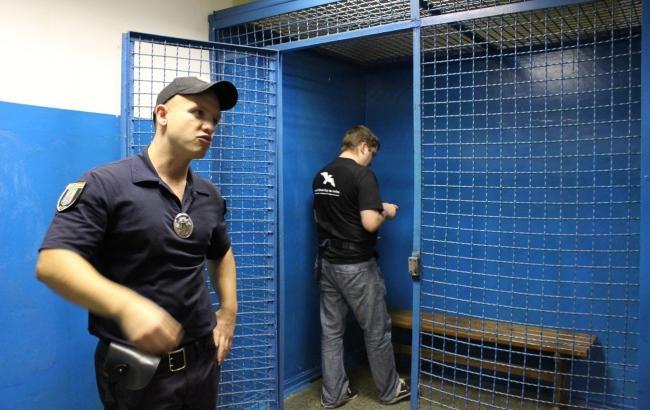 Фото: Клітка в Київському метрополітені (ombudsman.gov.ua)