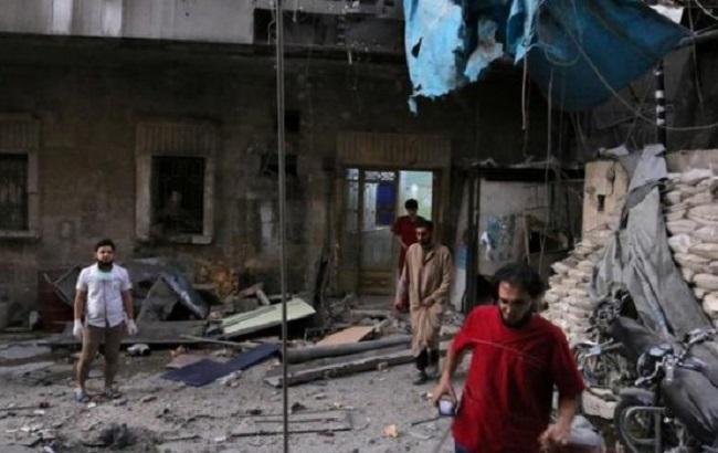Фото: последствия бомбардировок больницы в Алеппо