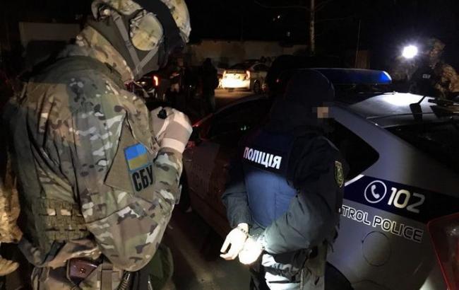 В Харькове на взятках задержали группу патрульных полицейских