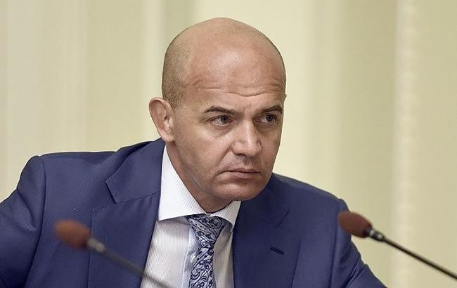 Порошенко доконца месяца внесет вРаду кандидатуру нового руководителя НБУ— Кононенко