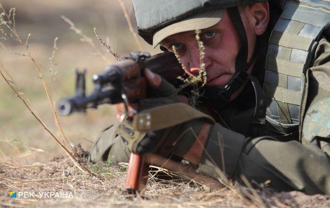 Боевики шесть раз обстреливали позиции ООС на Донбассе, ранен военный