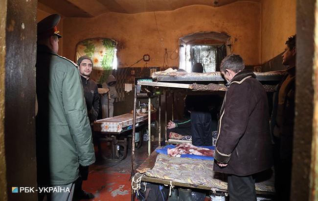 Конституционный суд запретил тюремщикам расследовать правонарушения втюрьмах иСИЗО
