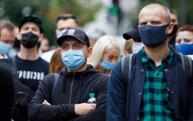 В Украине впервые более 14 тысяч новых случаев коронавируса
