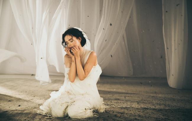 """""""В чистім полі"""": Мария Яремчук предстала в образе невесты"""