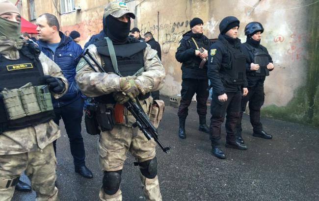 Внаслідок стрілянини в Одесі загинули дві людини