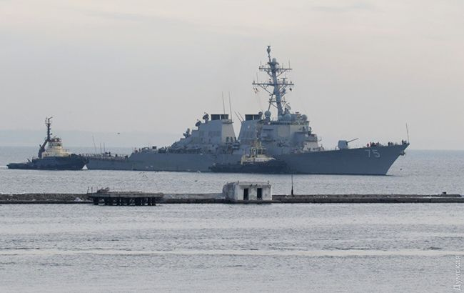 Американский эсминец Donald Cook зашел в порт Одессы