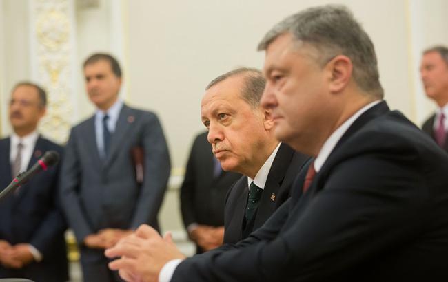 """Порошенко """"усыпил"""" Эрдогана на пресс-конференции"""